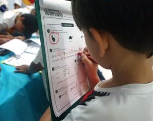 Estudiante en #UnDíaEnElZoo, actividad diseñada por el Dpto. de Educación del Zoo.